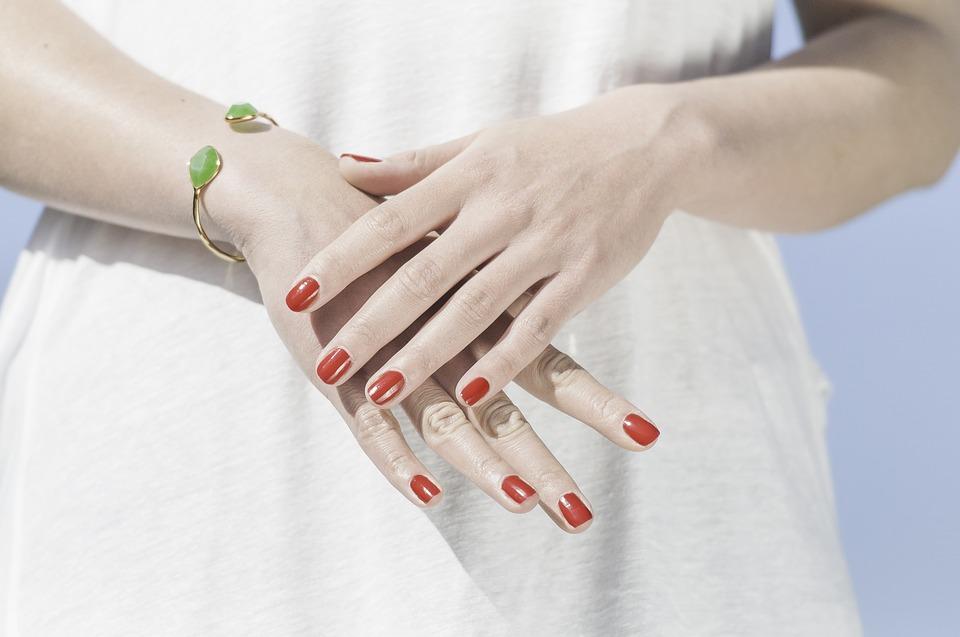 爪hands-1751637_960_720