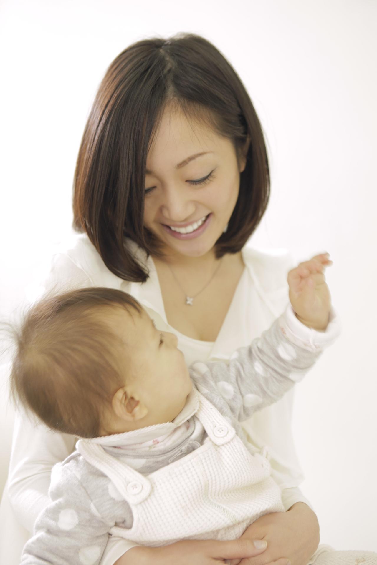 赤ちゃん抱っこ1