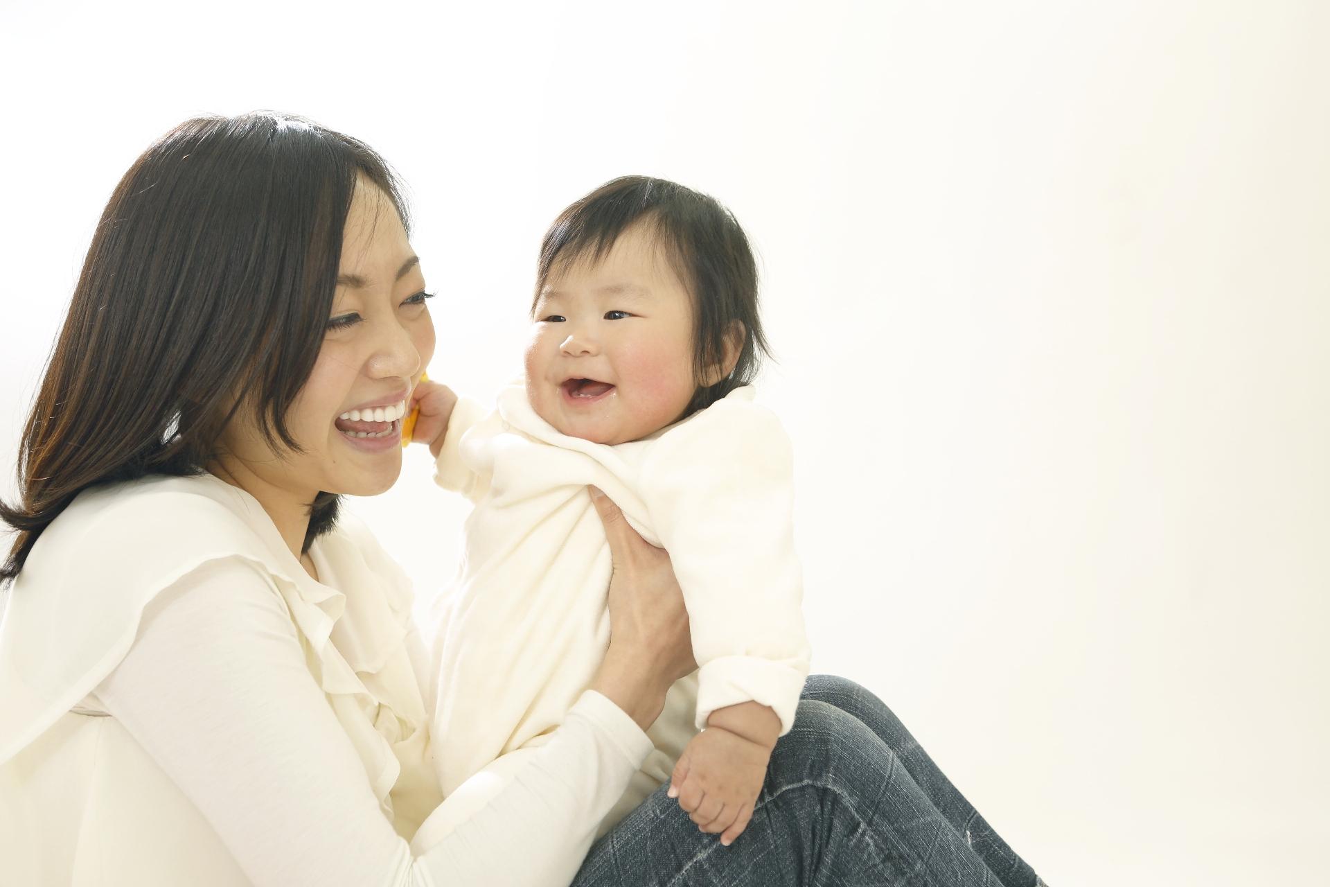 4カ月程度の赤ちゃん・笑顔