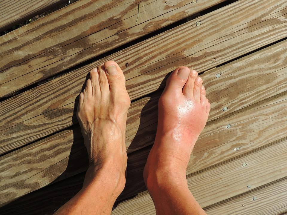 feet-174216_960_720