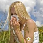 花粉症が原因で頭痛が起きる?そのメカニズムと対策方法、治療方法を紹介!
