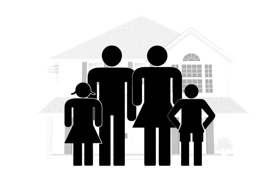 family-2057302_960_720