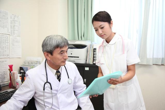 医師と看護師01