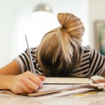 生理前に眠い原因は?その仕組みと対処方法を知ろう!
