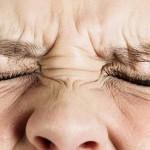 眼窩痛とは?症状や原因、治療法を紹介!疲れをためないことが大切?