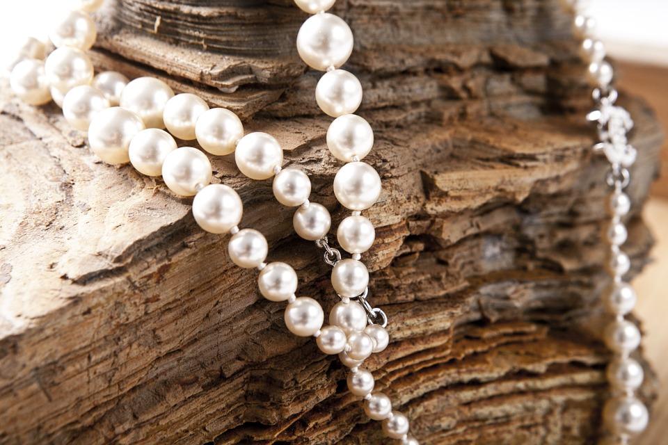 jewelry-420018_960_720