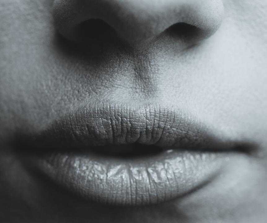 lips-839236_960_720