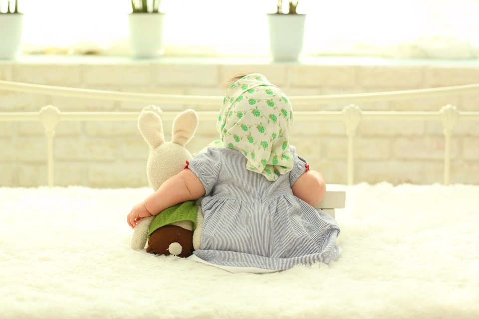baby-behind-1767804_960_720後姿