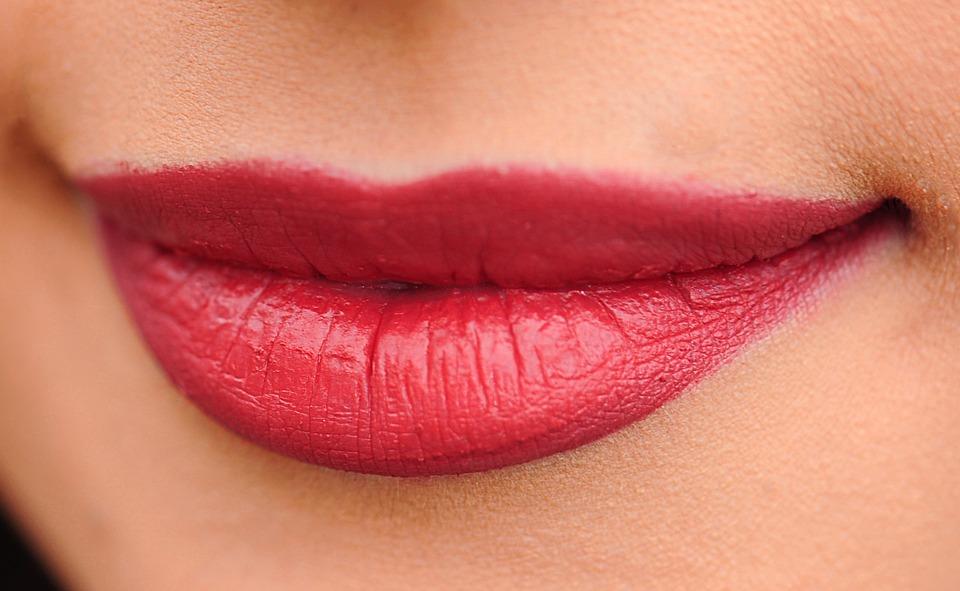 lips-1690875_960_720唇