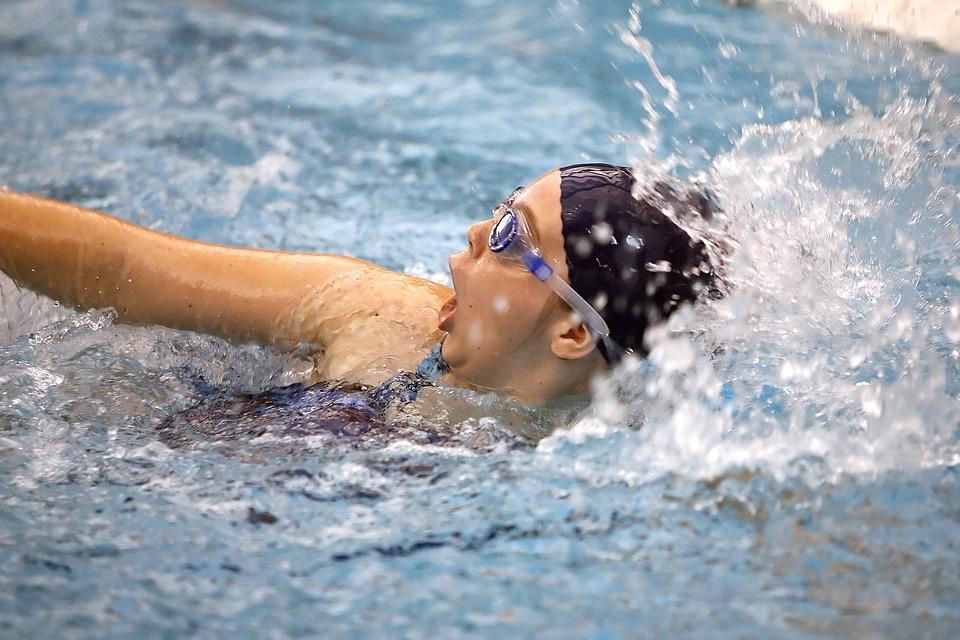 swimmer-1515222_960_720