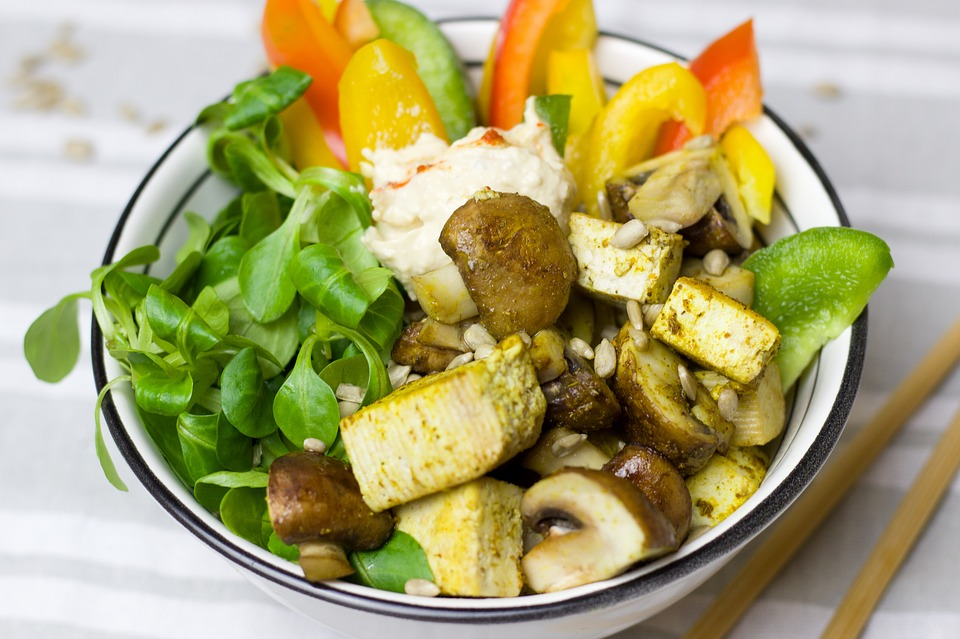 vegetables-1947760_960_720豆腐サラダ