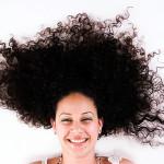 くせ毛を治す方法を知ろう!自宅で行える方法と美容院での治し方を紹介!