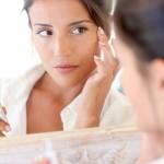化粧崩れとは?原因や対策方法、化粧直しの方法について知ろう!