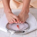 生理前の体重は増加する?減少する?その仕組みと対処方法を知ろう!