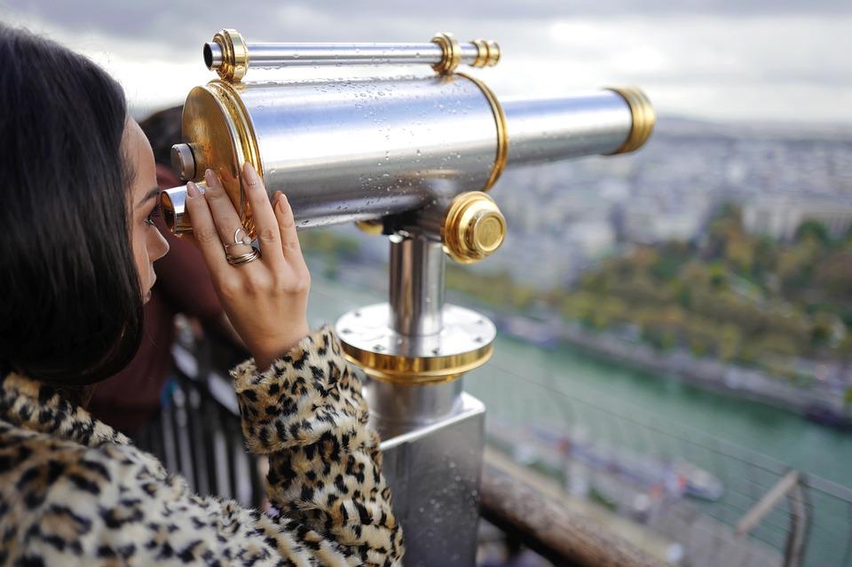 binoculars-1869456_960_720