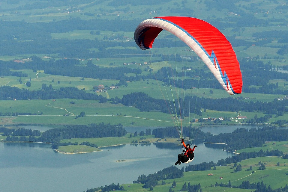 paraglider-1644986_960_720