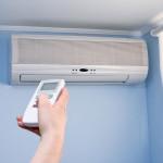 エアコンが臭い!その原因と対策方法、掃除することで得られる効果を紹介!