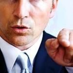 上から目線な人の心理や特徴は?接し方や上から目線にならない方法を紹介!