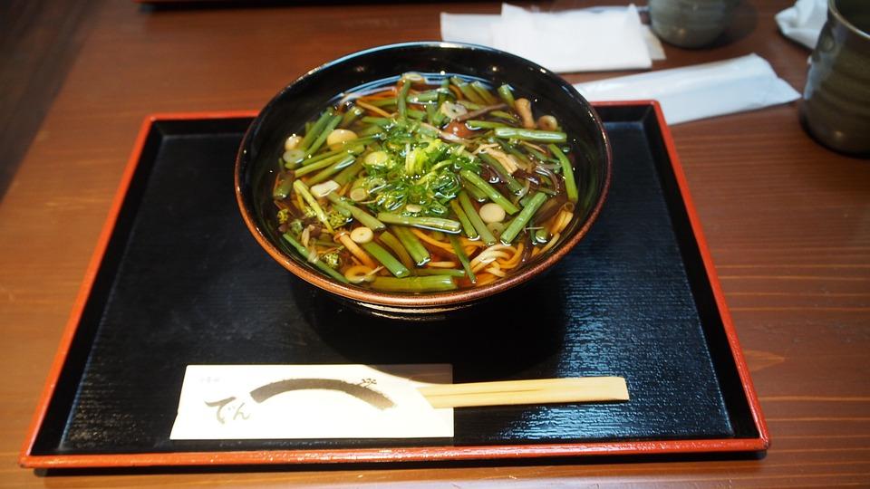japan-956075_960_720山菜そば