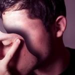 嘘をつく人の7つの心理と4つの特徴を紹介!ついてもいい嘘とは?