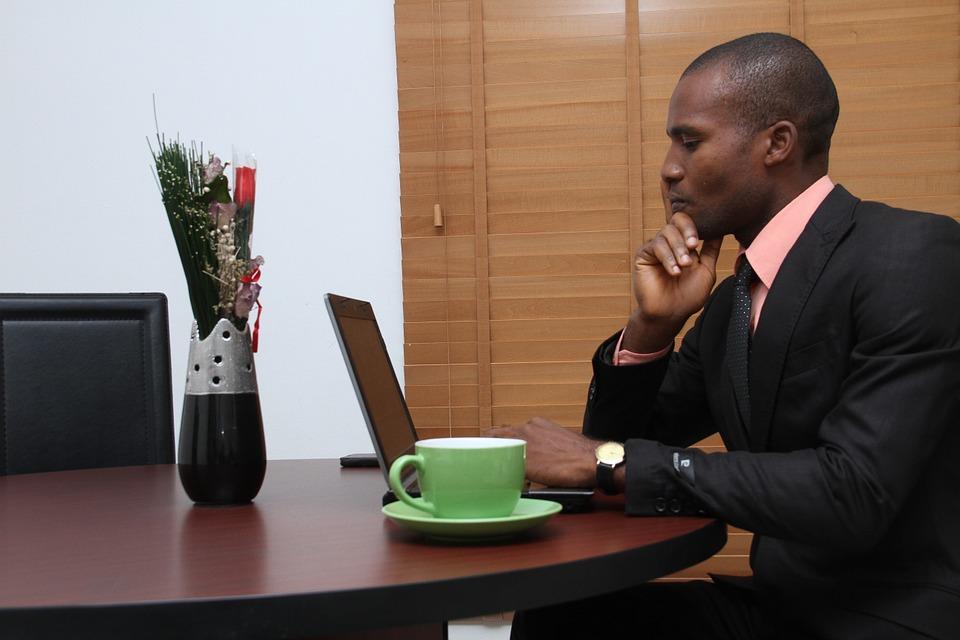 business-437020_960_720ビジネスマン