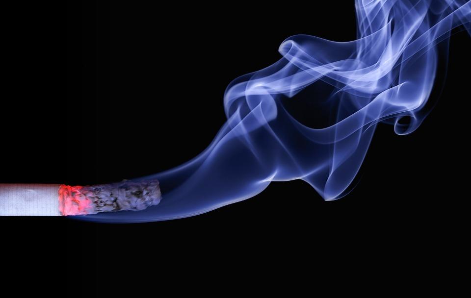 cigarette-110849_960_720タバコ