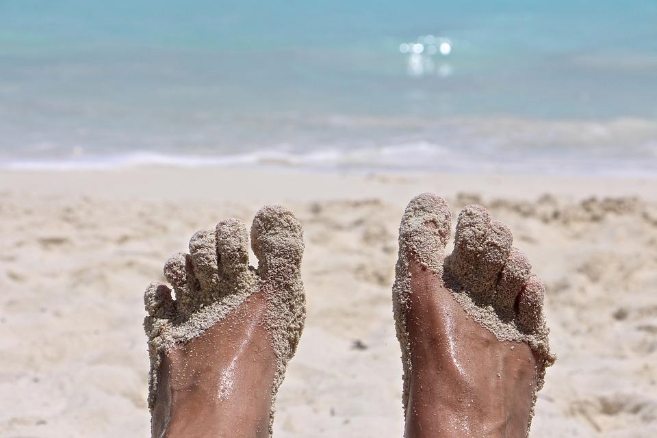feet-2522874_960_720