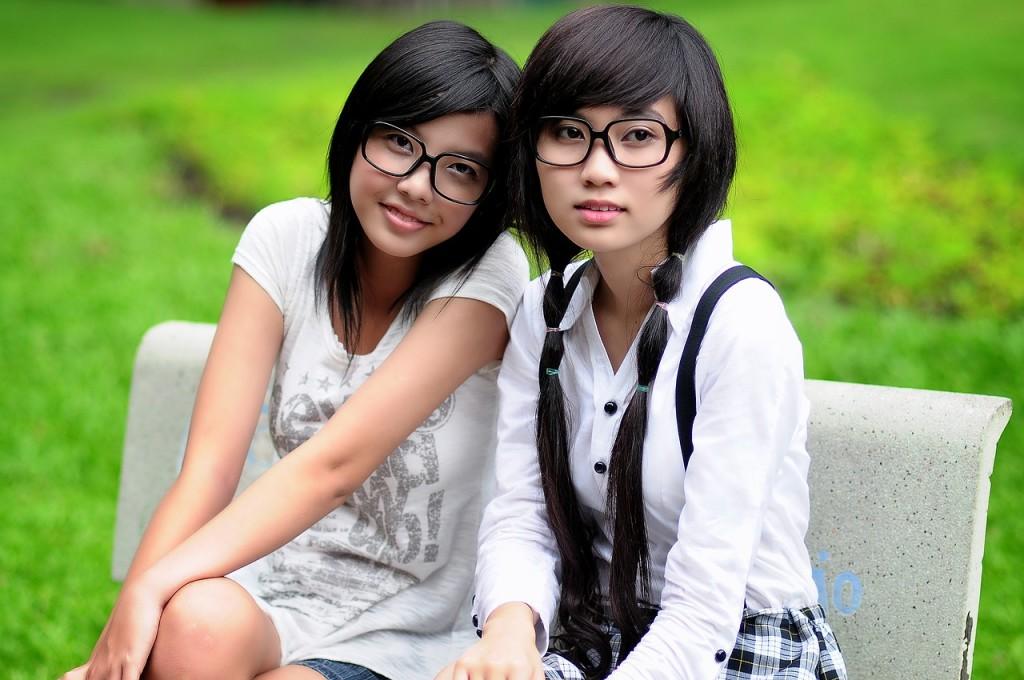 girl-1741925_1280