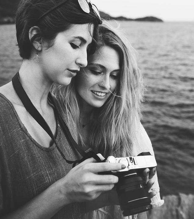 カメラ 写真 女性