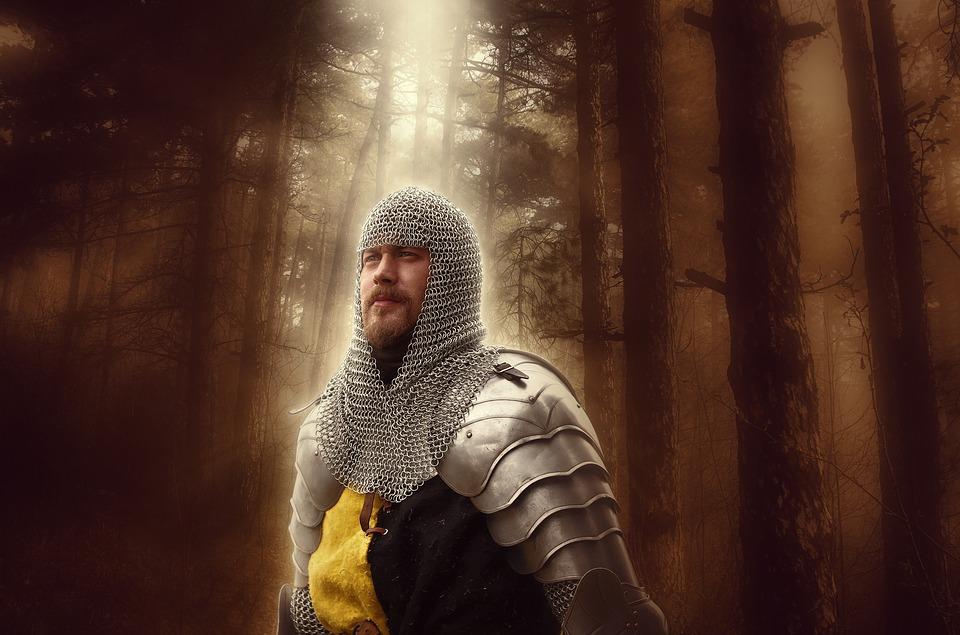 knight-2826704_960_720ヒーロー