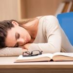 仮眠を効率よく取る方法!理想的な時間や注意点、メリットを紹介!