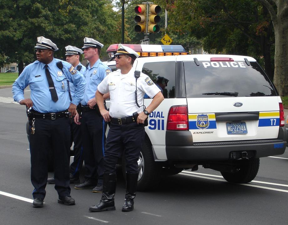police-78265_960_720警察官