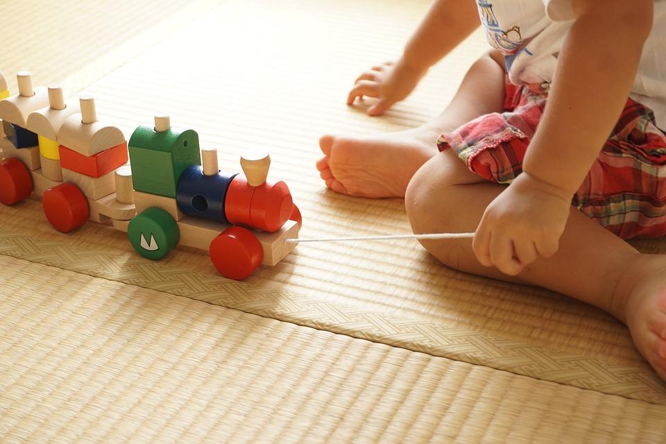 toddler-2009821_960_720