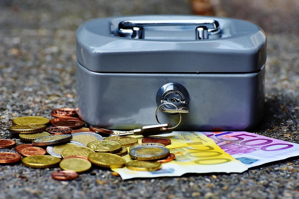 お金を貯める1