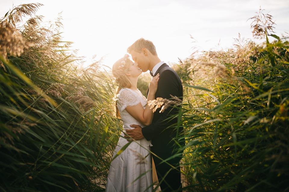 bride-1867228_960_720新郎新婦