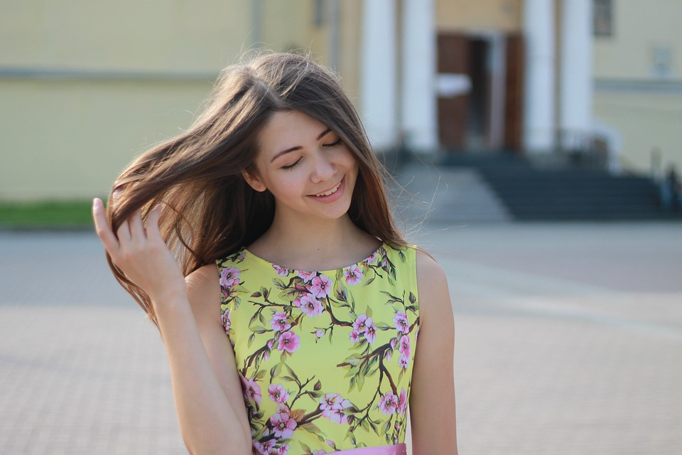 girl-2973626_960_720