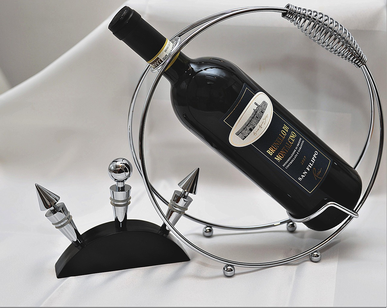 wine-bottle-2943339_1280