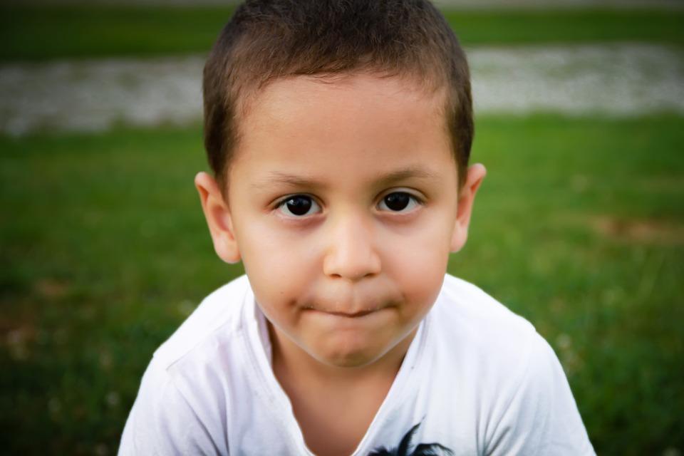 child-1701398_960_720可愛い少年