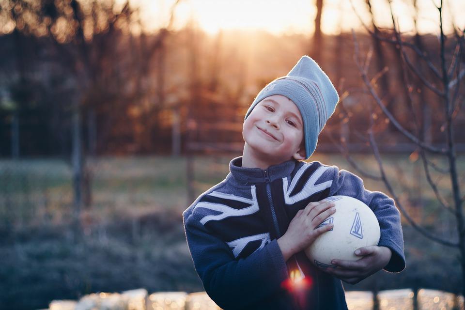 child-2920874_960_720ハッピーな少年