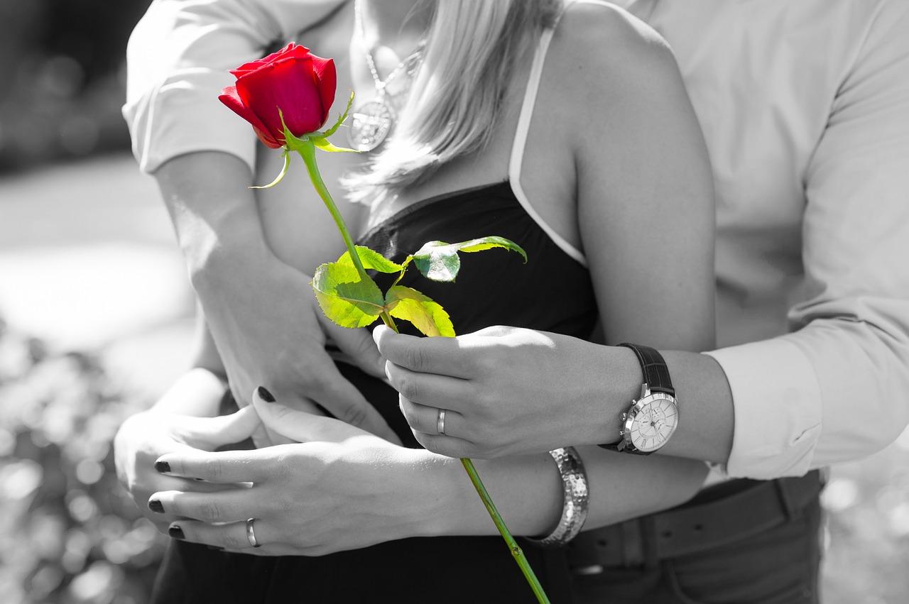 love-1461043_1280
