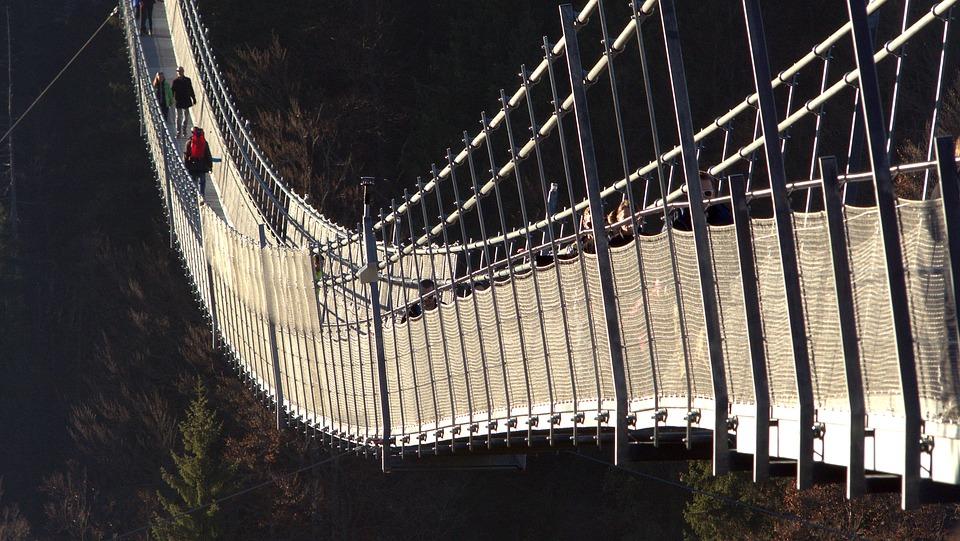 suspension-bridge-1171119_960_720