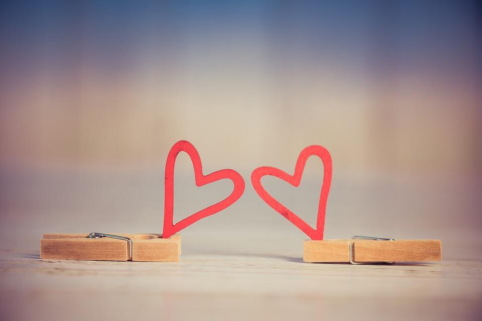valentine-3061479_960_720
