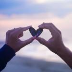 無償の愛(アガペー)とは?親子の場合と夫婦の場合の意味を紹介!