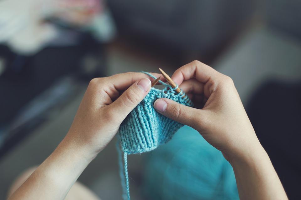 knit-869221_960_720手仕事