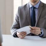 履歴書の渡し方のマナーを知ろう!封筒には何を書く?