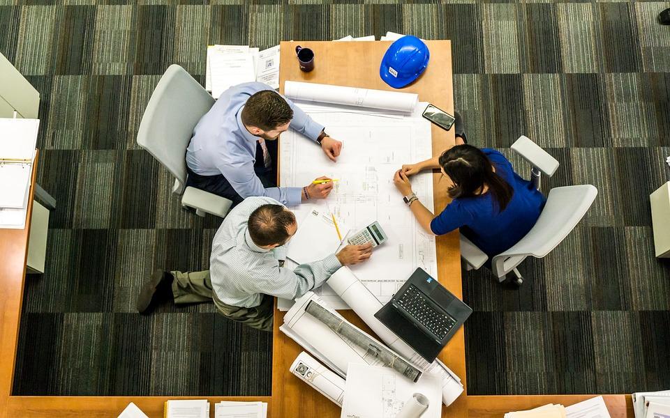 プロジェクトチームmeeting-2284501_960_720