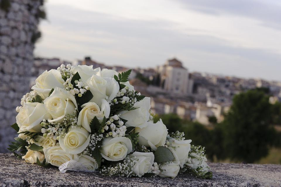 bouquet-1272776_960_720結婚式の花束