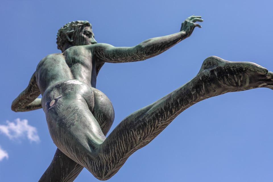 statue-3444468_960_720